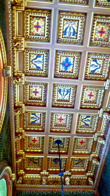 Coffers decorating the ceiling of the Cards Room.
