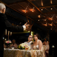 Wedding photographer Albertts Lozada (Albertts19). Photo of 04.08.2017