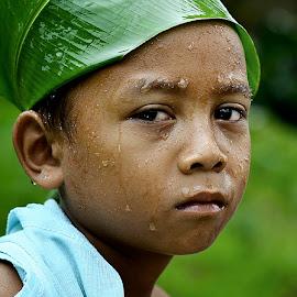 Paijo lagi sedih by Doeh Namaku - Babies & Children Child Portraits (  )