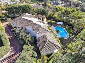 Villa 10 pièces 390 m2