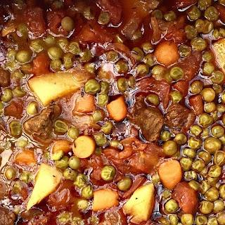 Green Pea Stew with Beef (Etli Bezelye)