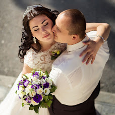 Wedding photographer Nadezhda Svarovski (byYolka). Photo of 10.10.2016
