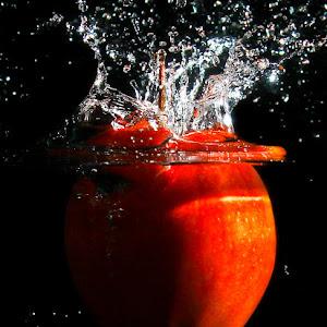 Apple in Splash.jpg