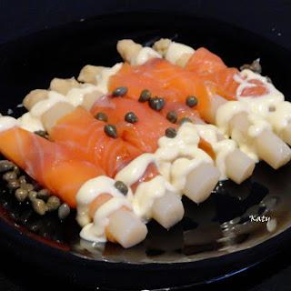 No Cook White Asparagus with Smoked Salmon.
