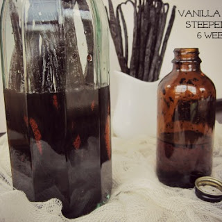 Homemade Sugar-Free, Alcohol-Free Vanilla Extract.