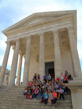 Photo: 1. den - Na výtvarné výchově budeme perlit (Maison Carée, Nîmes)