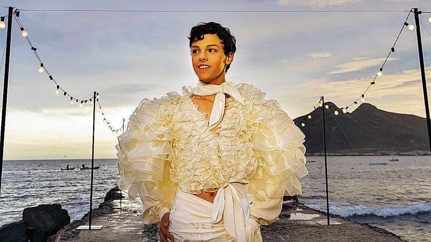 Marcos Sotkovszki en la Isleta del Moro en una imagen de Veneno.