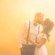 Wedding photographer Yulian Katkovskiy (katkovsky). Photo of 26.10.2017