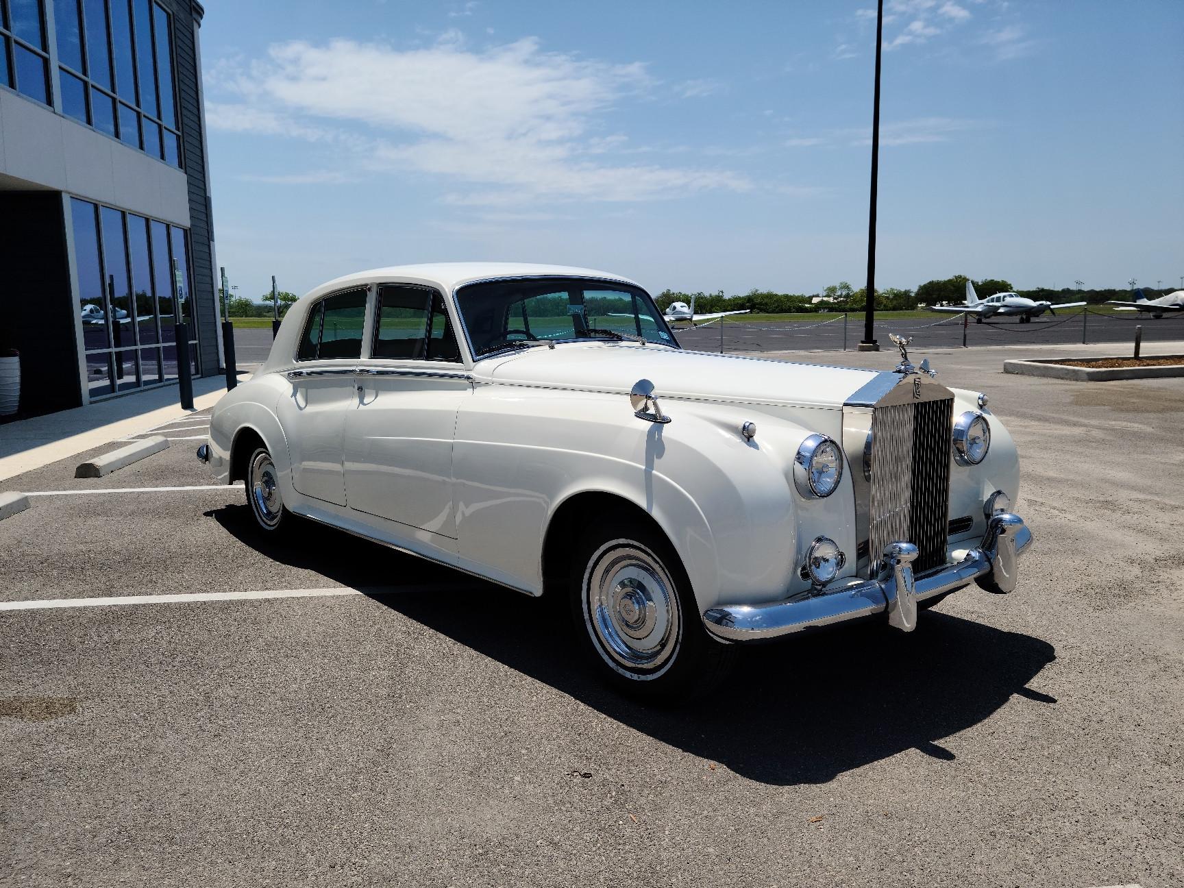 Rolls-Royce Silver Cloud II Hire Fredericksburg