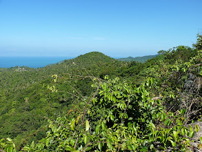 Photo: Ko Phangan - Bottle beach, viewpoint from the rock at the top on northeeastern coast with valleys and jungle