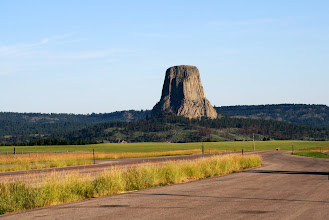 Photo: We notice a bump in the distance. That doesn't look like flat eastern Wyoming