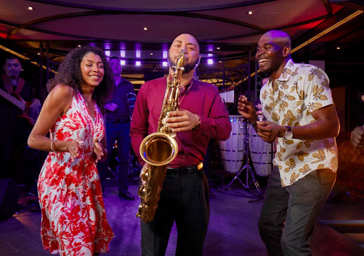 Enjoy music with a Cuban beat at Havana Bar on your Carnival cruise.