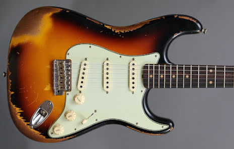 Fender Custom Shop 60s Stratocaster Heavy Relic USED. Very Good Condition. With hardcase.