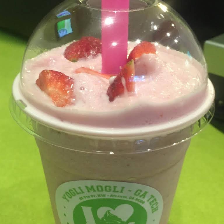 Yogli Mogli - Frozen Yogurt Shop in Hiram