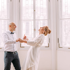 Wedding photographer Aleksandr Meloyan (meloyans). Photo of 12.04.2018