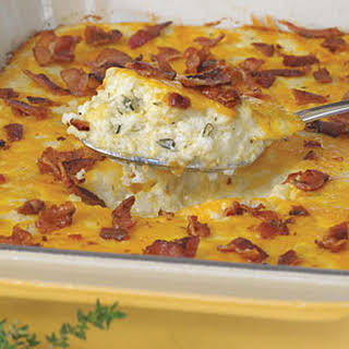 Bacon and Cheddar Cheese Grits Casserole.