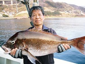 Photo: 戸田さんの真鯛 75cm、4.3kgのハンサム真鯛でした!