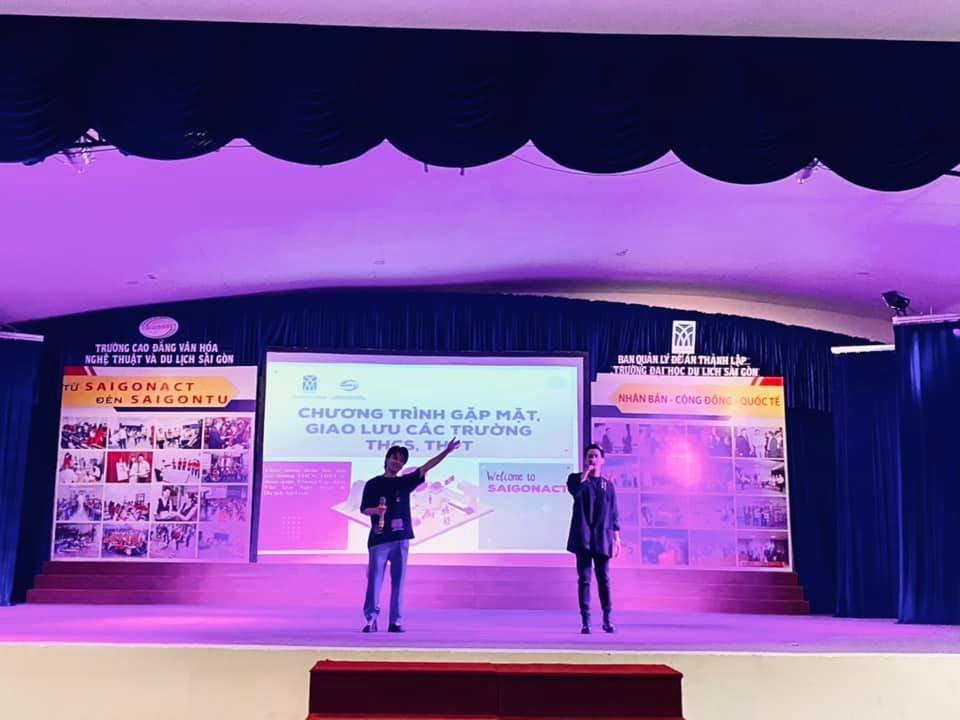 Trường THPT Quang Trung và THCS - THPT Bạch Đằng tham quan SaigonACT