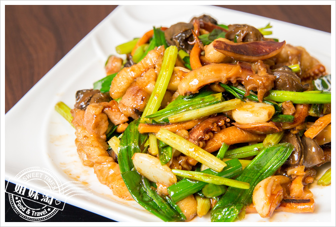 大麥町日式碳烤熱炒活海鮮魷魚螺肉小炒