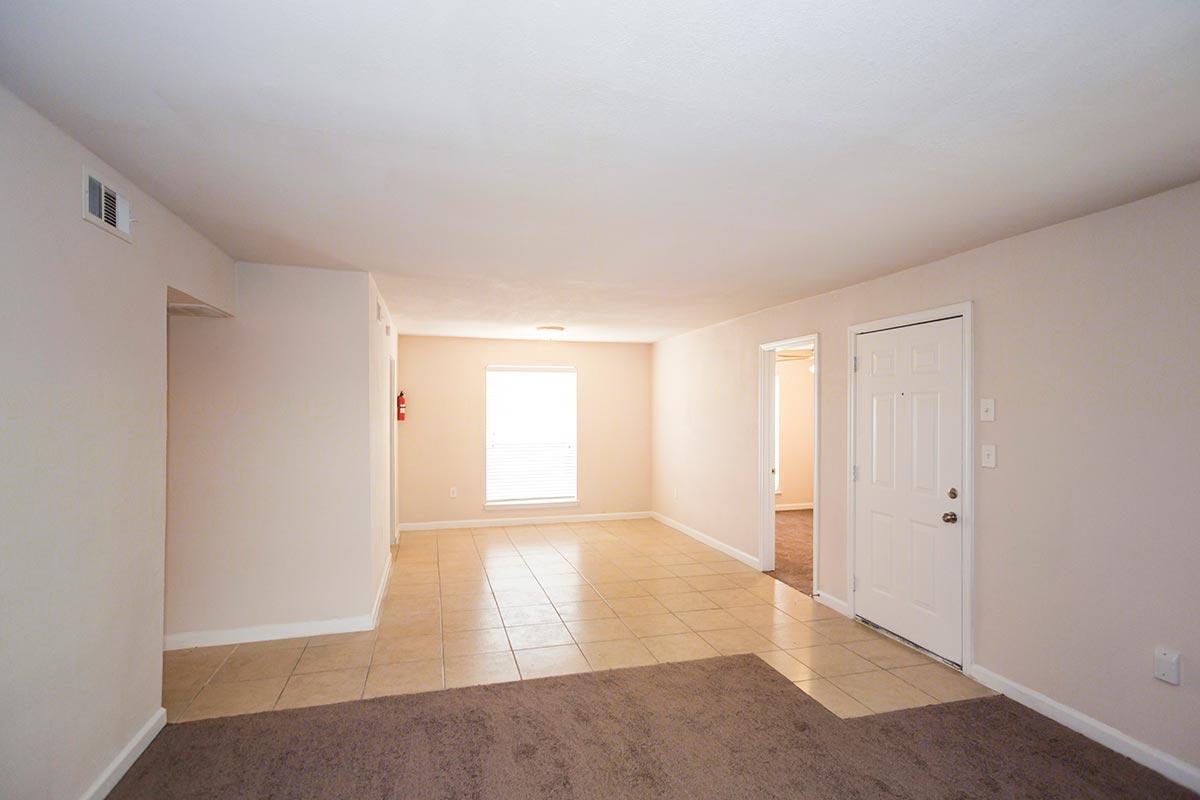 Tanglewood floorplan 3 bed 1 bath country club place apartments in houston texas the - Villa de matel houston tx ...