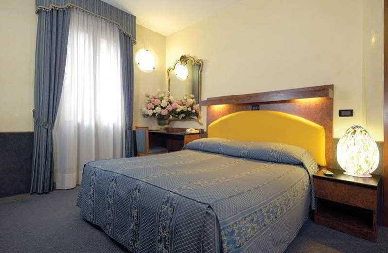 Atlantide Hotel