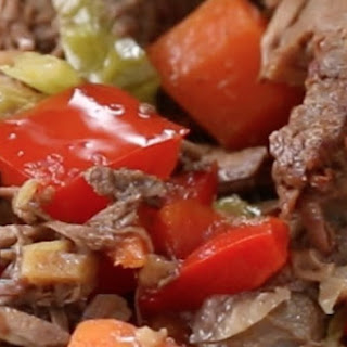 Slow Cooker Steak And Veggies.