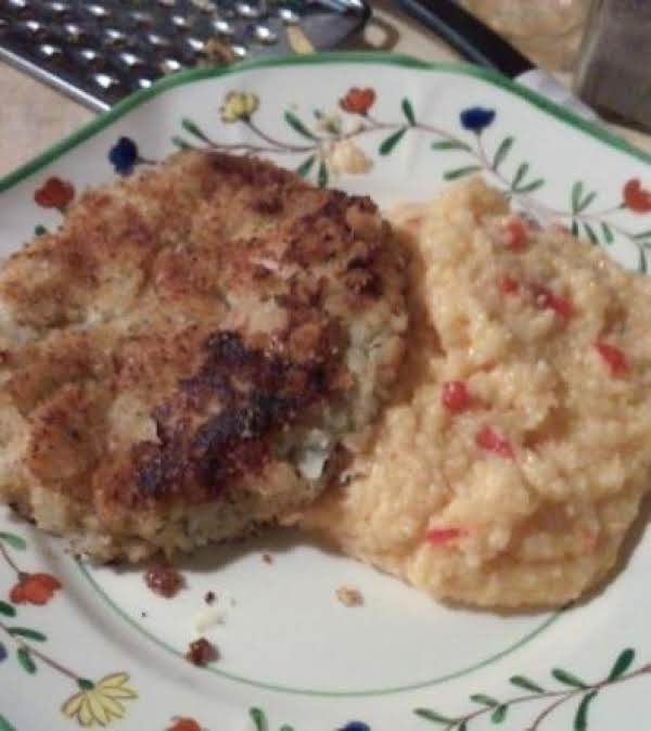 Cod Fish Cakes With Spicy Cheesy Grits