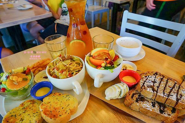 六吋盤早午餐大東店~平價唯美的乾燥花早午餐聽!