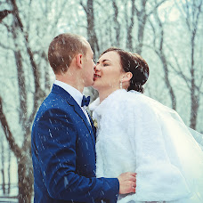 Wedding photographer Nikolay Popov (NIKPOPOV). Photo of 25.02.2015