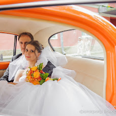 Wedding photographer Valeriy Kiselev (Kisfotoekb). Photo of 17.09.2014