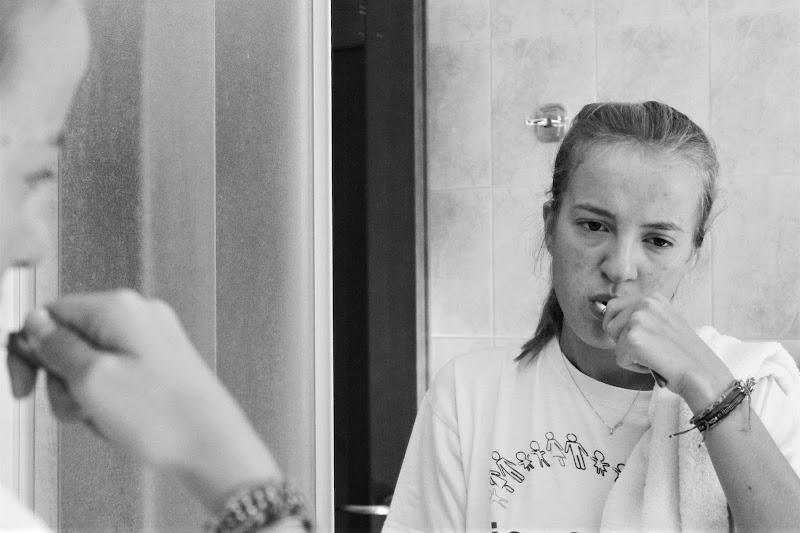 Lavarsi i denti al mattino di Capa95