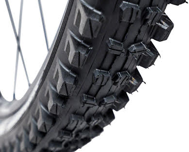 E*Thirteen TRS Race Tire, 27.5 x 2.35, Dual Compound,  Apex and Aramid Reinforced Casing, Tubeless alternate image 2