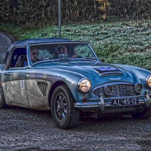 Car rally outside Glenairlie Cottage-8.jpg