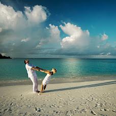 Wedding photographer Sergey Tatarincev (santar). Photo of 12.10.2015