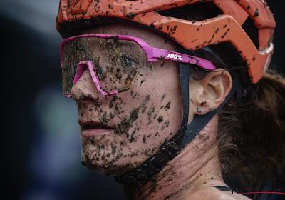 """Vos reed in Herentals met een 'moddermasker': """"Je zou niet denken dat ik er van genoten heb, maar het was fun"""""""