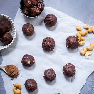 Chocolate Cashew Energy Bites.