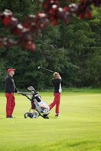 Photo: Vater und Sohn Husz. Den Vierer haben sie gewonnen. Schafft der Junior auch das Einzel??