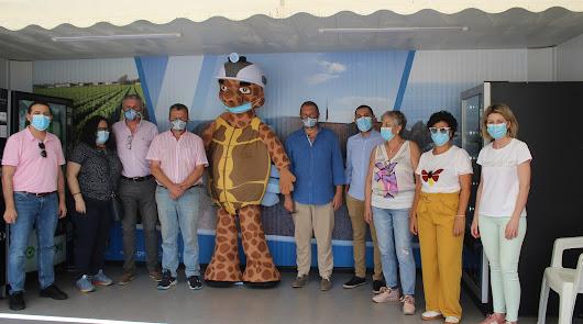 Los sanitarios visitan gratis la Geoda de Pulpí, que ha vuelto a abrir hoy