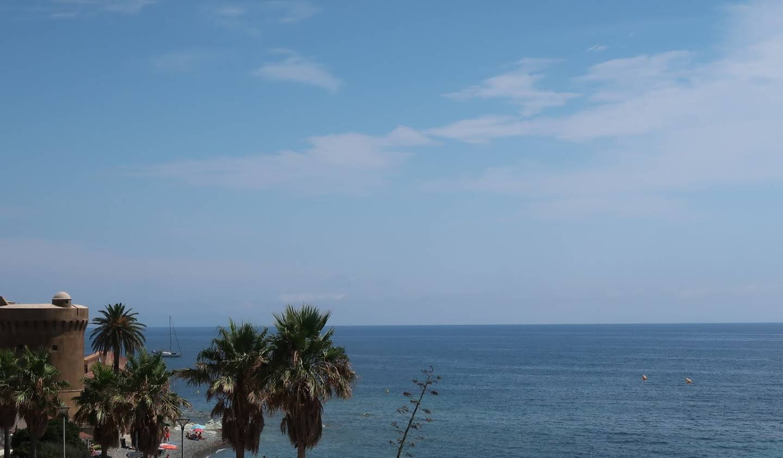Villa en bord de mer avec terrasse Haute-Corse