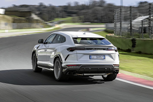 On the track the Urus behaves like a true track machine