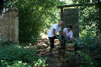 Photo: Sklaven...Steine schleppen. Sind sie stolz auf ihre Arbeit. :)
