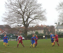 Photo: 30/12/06 v Sheerwater (CCL1) 0-2 - contributed by Martin Wray