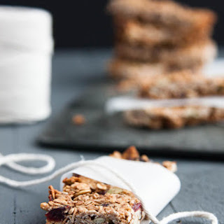 Simple Homemade Granola Bars