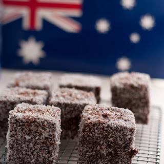 Lamingtons Recipe | Australian Lamingtons