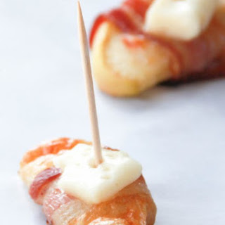 Bacon-Wrapped Apple Slices