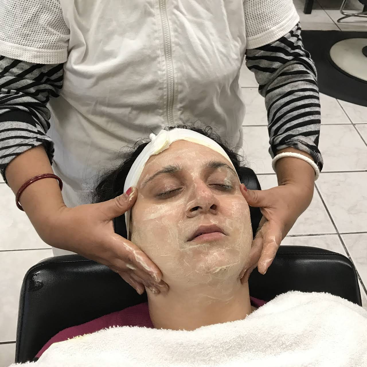 Rani Beauty Salon Beauty Salon In Fremont