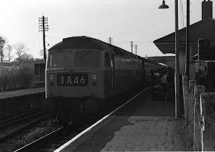 Photo: Up train arriving at Charlbury (Apr 1972)