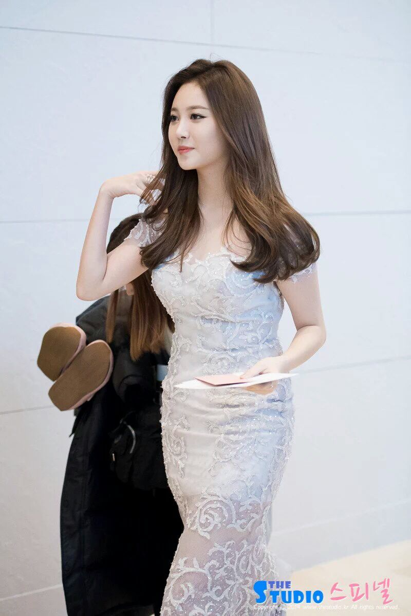 yura dress 22