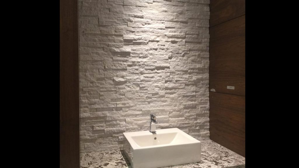 ... Counter To Ceiling Backsplash Behind The Sink, Instead Of The  Traditional 4 Inch Display. This White Stacked Stone Veneer Backsplash Has  A Dynamic Split ...