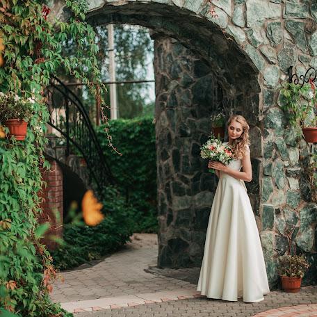 Wedding photographer Alena Komarova (AlenaKomarova). Photo of 05.09.2016